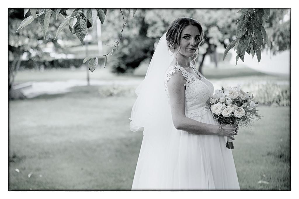 сватбена фотография, сватбени снимки, фотография на булка