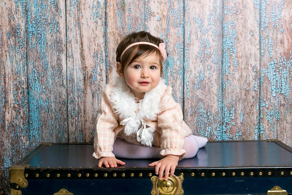 снимка на бебе в студио