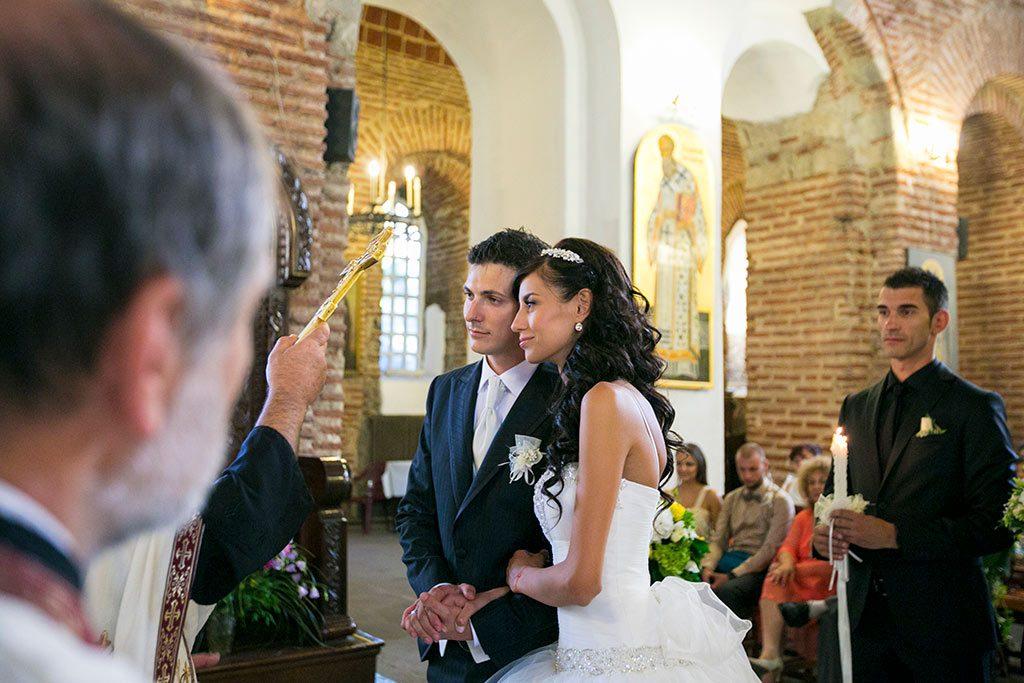 сватбени снимки в църква