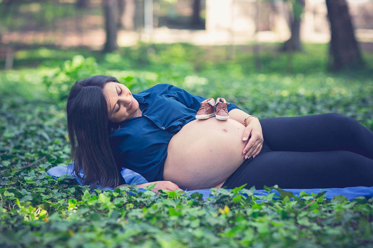Фотосесия за бременни на открито